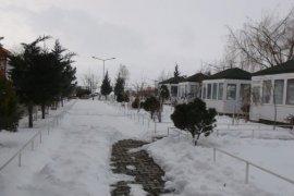 Soğuk havada iyi gelecek kaplıca Nemrut Gülsuhan
