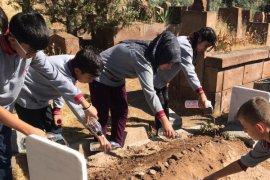 Öğrenciler, Aka ailesine taziye ziyaretinde bulundu