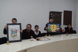 Türk Kızılayı Bitlis'teki öğrencileri ödüllendirdi