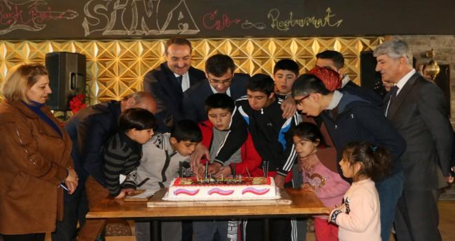 Başkan Tanğlay, engelli çocukları unutmadı