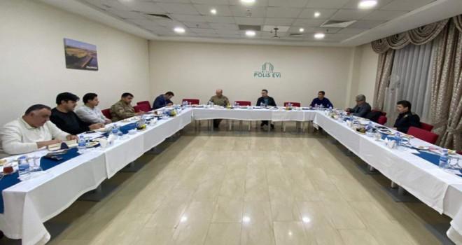 Vali Çağatay başkanlığında 'Vefa Sosyal Destek Toplantısı'düzenlendi