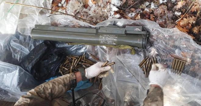 Bitlis'te silah, mühimmat ve patlayıcı ele geçirildi