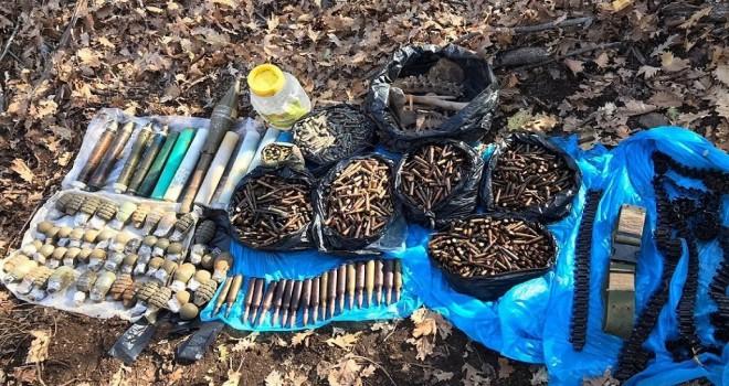Bitlis'teki operasyonda mühimmat ve insan kemikleri bulundu