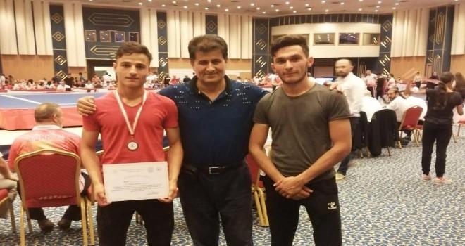 Bitlisli sporcuların Wushu Kung-Fu başarısı