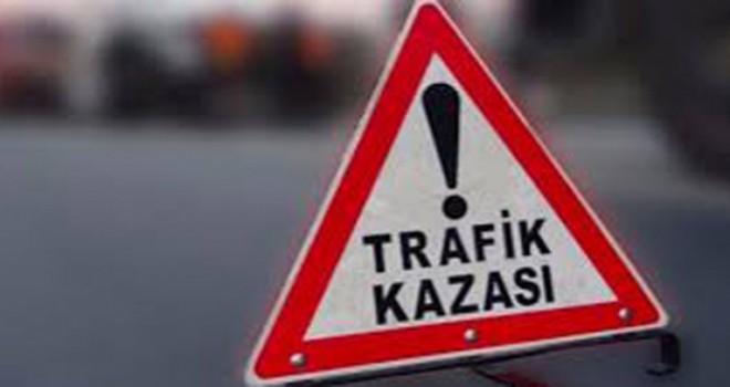 Ahlat'ta trafik kazası 3 ölü 5 yaralı
