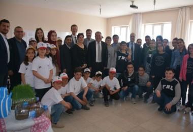 Benekliköyü Ortaokulu TÜBİTAK Bilim Fuarı düzenledi
