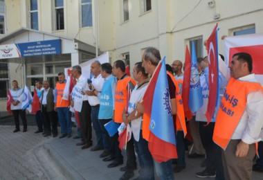 Liman İş Sendikası üyeleri basın açıklaması yaptı