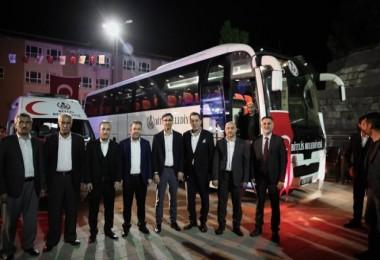 Bitlisli işadamlarından memleketlerine hediye ambulans ve otobüs