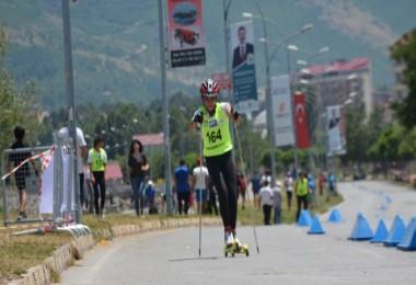 Tatvan'da Tekerlekli KayakTürkiyeŞampiyonası yapıldı