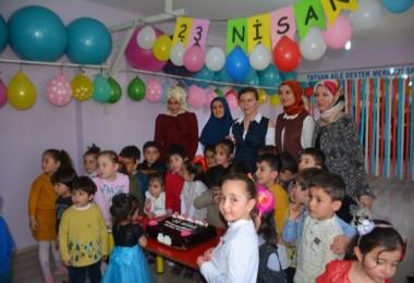Tatvan ADEM 23 Nisan'ı coşkuyla kutladı