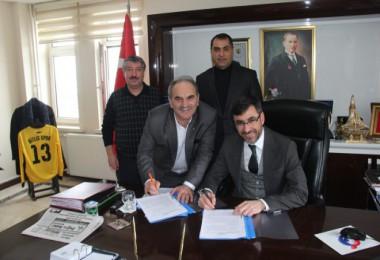 Bitlis Belediyesi'nden işçiyi sevindiren sözleşme