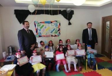Kur'an Kursu öğrencilerine harf bitirme partisi düzenlendi