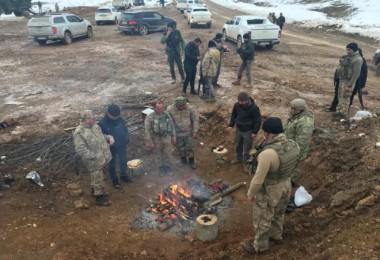 Kaymakam Özkan operasyon birliklerini ziyaret etti