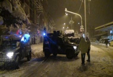 Bitlis ile Tatvan ve Tatvan ile Van karayolu ulaşıma kapatıldı
