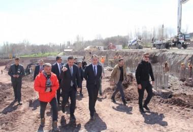 Vali Çağatay, Cumhurbaşkanlığı Köşkü'nün inşaatını yerinde inceledi