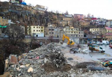 Bitlis Belediyesi'nden kentin çehresini değiştirecek bir hizmet daha