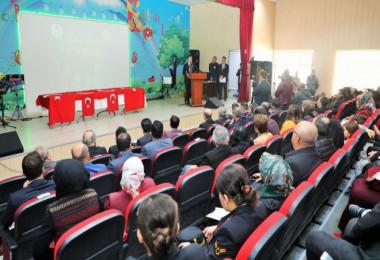 Bitlis'te Öğretmenler Günü programı