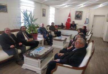 Tatvan Gönüllüleri grubu Kaymakam Özkan'ı ziyaret etti