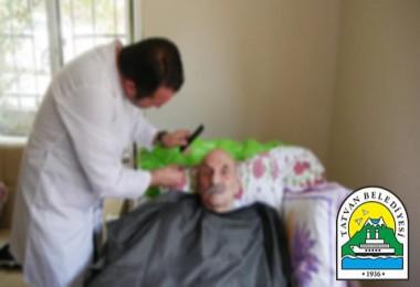 Tatvan Belediyesi evde tıraş hizmeti sunuyor