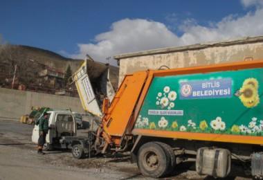 Bitlis Belediyesi özveriyle çalışıyor