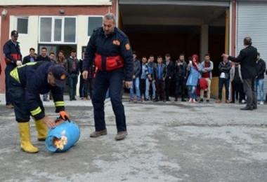 Adilcevaz'da yangın eğitimi