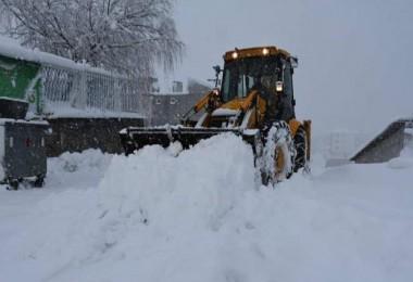 Tatvan'da karla mücadele çalışmaları