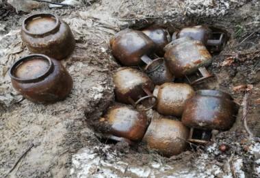 Bitlis'te tuzaklanmış 300 kilo patlayıcı ele geçirildi