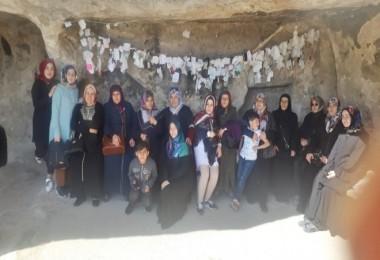 Tatvanlı kadınlar Hasankeyf'i gezdi