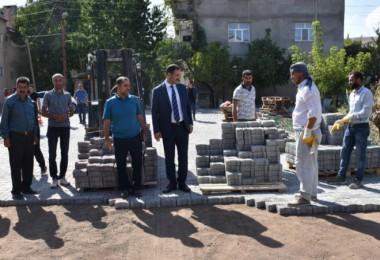 Tatvan'daki yol yapım çalışmaları devam ediyor