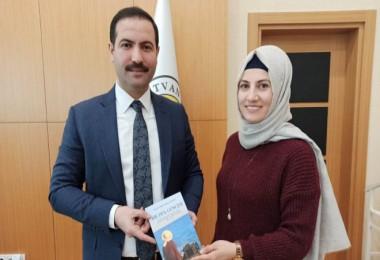 Tatvanlı yazar Ballıkaya, Başkan Geylani'yi ziyaret etti