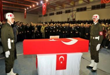 Şehit Güven Kurtulmuş, memleketi Bitlis'te son yolculuğuna uğurlandı