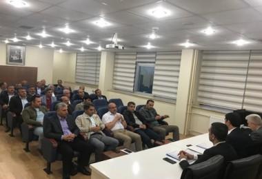 Bitlis'te Özel İdare ve KÖYDES Yatırımları toplantısı yapıldı