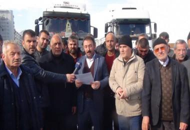 Tatvan'daki kamyoncular basın açıklaması yaptı