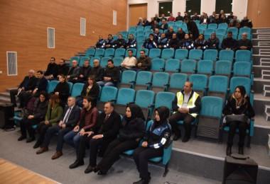 Tatvan Belediye personeline kadına yönelik şiddet semineri verildi
