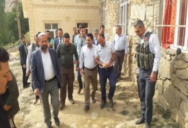 Kaymakam Hamitoğlu köyleri ziyaret ederek devam eden çalışmaları yerinde inceliyor