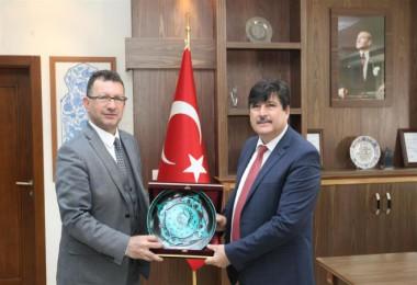 Şırnak Üniversite Rektörü Erkan, BEÜ Rektörü Yardım'ı ziyarete geldi