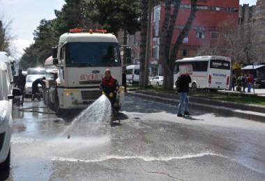 Tatvan Belediyesi'nin temizlik seferberliği