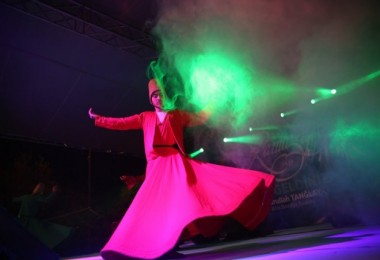 Bitlis'te semazen gösterisi