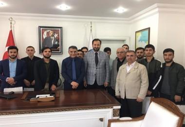 Hafız öğrencilerden Kaymakam Özkan'a ziyaret