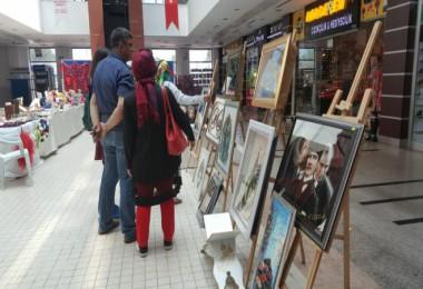 ADEM kursiyerleri ve özel çocukların el sanatları sergisi