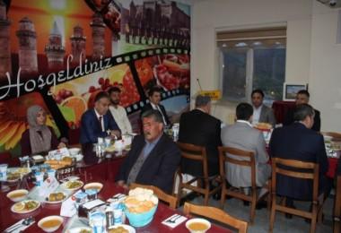 Vali Çağatay, gazi ve şehit aileleriyle iftar yaptı