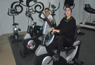 Tatvan'da 281 kadın 1015 kilo verdi