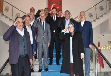 Tatvan Belediye Meclisi'nden Barış Pınarı Harekatı'na destek
