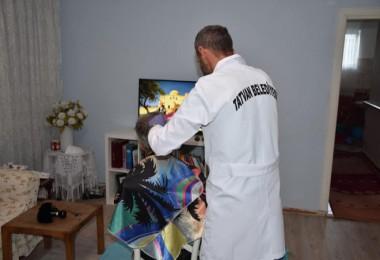 Tatvan Belediyesi evde berber hizmeti başladı