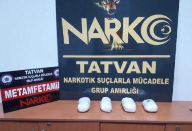 Tatvan'da uyuşturucu operasyonlarında 4 kişi yakalandı