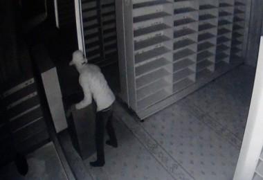 Tatvan'daki bir camide hırsızlık olayı