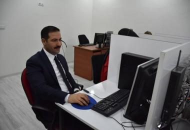 Başkan Geylani, Çağrı Merkezi'nde vatandaşların sorunlarını dinledi