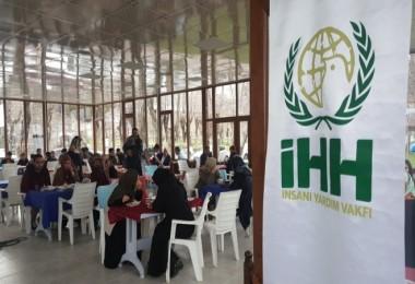 Bitlis İHH'nın yardım kermesi
