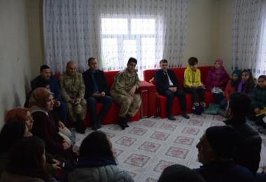 Kas erimesi hastası Songül Aktaş'ın arkadaşlarından sürpriz ziyaret