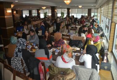 Tatvan'da 'Kadın Varsa Umut Var' etkinliği düzenlendi